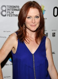 file_17_6355_hot-clothing-hues-redheads-julianne-moore-04