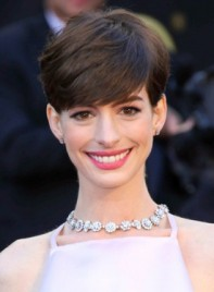file_3224_anne-hathaway-short-chic-brunette-formal-hairstyle-275