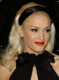 file_3319_gwen-stefani-medium-blonde-275