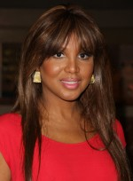 file_3389_toni-braxton-long-bangs-highlights-straight-chic-sophisticated-black