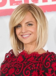 file_3529_mena-suvari-medium-edgy-straight-hairstyle-275