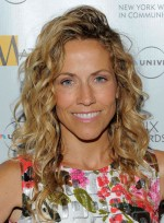 file_3619_sheryl-crow-long-curly-sophisticated-blonde