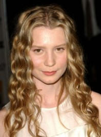 file_3625_mia-wasikowska-long-curly-blonde-275