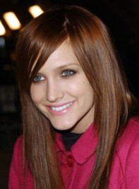 file_3720_ashlee-simpson-long-straight-red-275