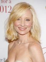 file_3854_anne-heche-medium-wavy-romantic-bob-hairstyle
