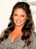 file_3905_vanessa-minnillo-long-wavy-brunette-half-updo-hairstyle