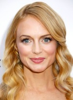 file_3926_heather-graham-long-blonde-wavy-romantic-hairstyle