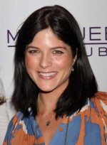 file_4246_selma-blair-medium-straight-sophisticated