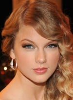file_43_6347_sexy-makeup-blue-eyes-taylor-swift-10
