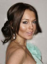file_4556_lindsay-lohan-updo-romantic-brunette-275