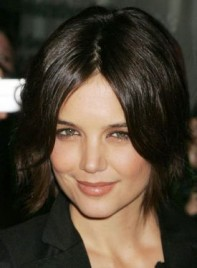 file_4777_katie-holmes-short-shag-chic-275