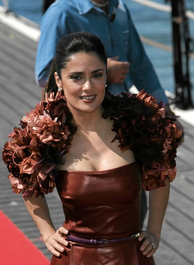 thick medium haircuts file 4995 salma hayek ponytail sophisticated 4995