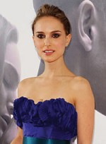 file_49_6325_odd-red-carpet-secrets-spilled-natalie-portman-3