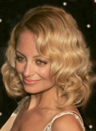 file_5119_nicole-richie-medium-bob-curly-blonde-275