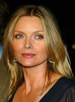 file_5202_michelle-pfeiffer-long-straight-blonde