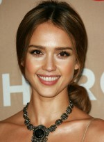 Long, Romantic Hairstyles for Diamond Faces