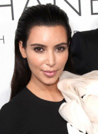 file_5299_kim-kardashian-long-chic-black-sophisticated-hairstyle-275