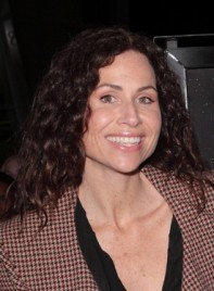 file_5545_minnie-driver-long-curly-brunette-275