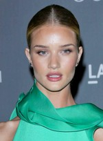 file_5835_rosie-huntington-whiteley-sexy-chic-party-updo-hairstyle
