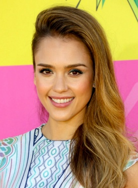 file_58779_jessica-alba-long-wavy-edgy-party-hairstyle_01-275