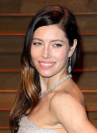file_58781_Jessica-Biel-Long-Brunette-Wavy-Romantic-Hairstyle-275