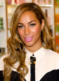 file_59041_leona-lewis-long-chic-wavy-party-hairstyle-275