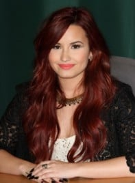 file_5963_demi-lovato-long-sophisticated-red-275