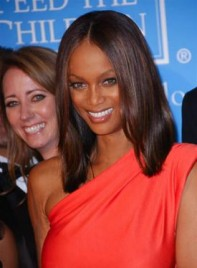 file_5988_tyra-banks-long-straight-275