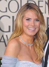 Heidi Klum Best Hairstyle for a Strapless Dress