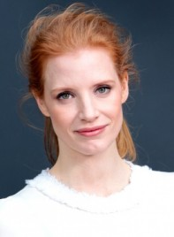 file_6243_jessica-chastain-red-edgy-chic-ponytail-hairstyle-275
