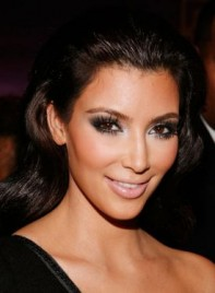 file_6364_kim-kardashians-smoky-eyes-XL-275