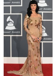 file_8_6374_what-wear-black-hair-katy-perry-07