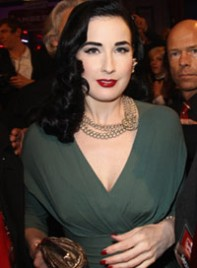 file_9_6374_what-wear-black-hair-dita-von-teese-08