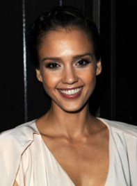 file_19_6561_best-makeup-eye-shape-jessica-alba-08