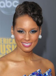 file_8_6541_worst-makeup-trends-alicia-keys-07