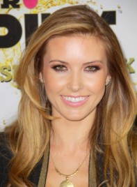file_59129_audrina-patridge-long-wavy-brunette-hairstyle-highlights-275