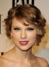 file_27_6951_celebrity-shopping-guide-taylor-swift-11