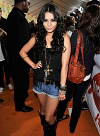 file_9_6951_celebrity-shopping-guide-vanessa-hudgens-08