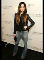 file_48_7331_celebrities-at-fashion-week-ashlee-simpson-15