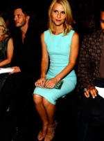 file_63_7331_celebrities-at-fashion-week-claire-danes-14
