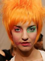 file_71_7321_weirdest-fashion-week-looks-16