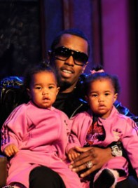 file_24_7511_cute-celebrity-kids-sean-diddy-combs-twins-04