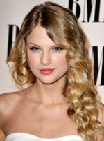 file_52_7441_ditch-frizz-for-good-taylor-swift-07