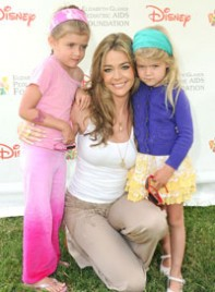 file_5_7511_cute-celebrity-kids-denise-richards-sam-lola-03