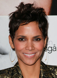halle berry short party hair