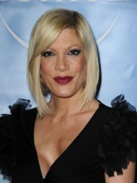 file_17_8291_best-celebrity-bob-hairstyles-tori-spelling