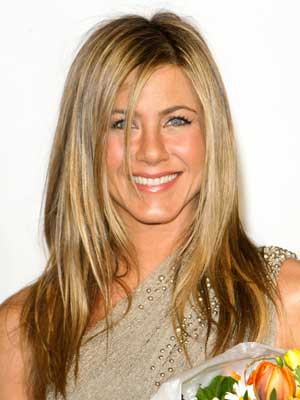 layered hairstyle jennifer aniston