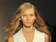 file_5_9271_best-hair-makeup-fashion-week-spring-2012-04_