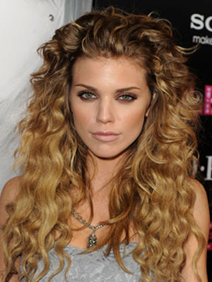 Seven Cute Cuts For Curly Hair Beauty Riot