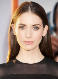 file_59782_Alison-Brie-Long-Straight-Brunette-Chic-Hairstyle-275